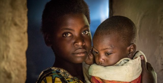 17-year-old adolescent mother who lives alone in Rwanda. Photo: Nathalie Bertrams/GAGE 2020