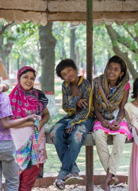 Adolescents in Dhaka, Bangladesh © Nathalie Bertrams/GAGE